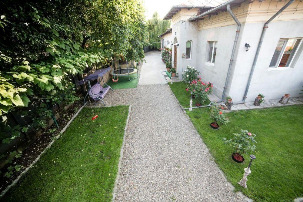 Vand casa municipiul Târgoviște zona centrală foarte buna
