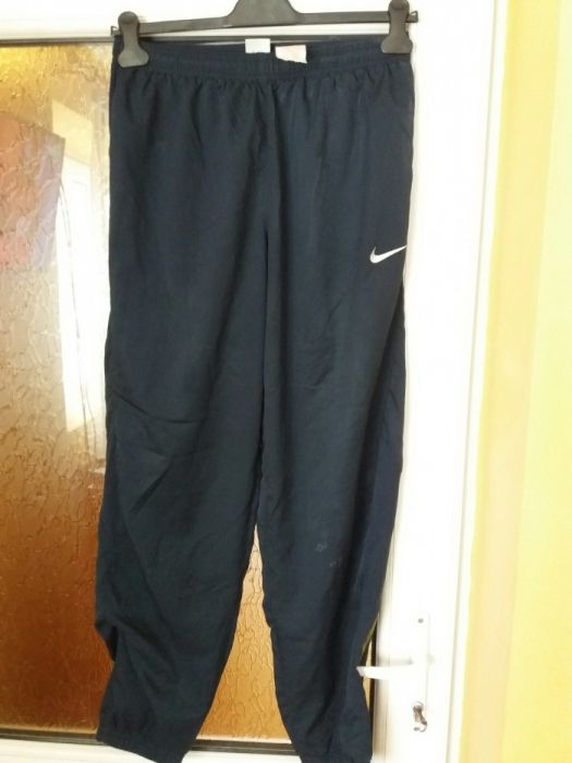 Vand pantalon trening Nike Total 90