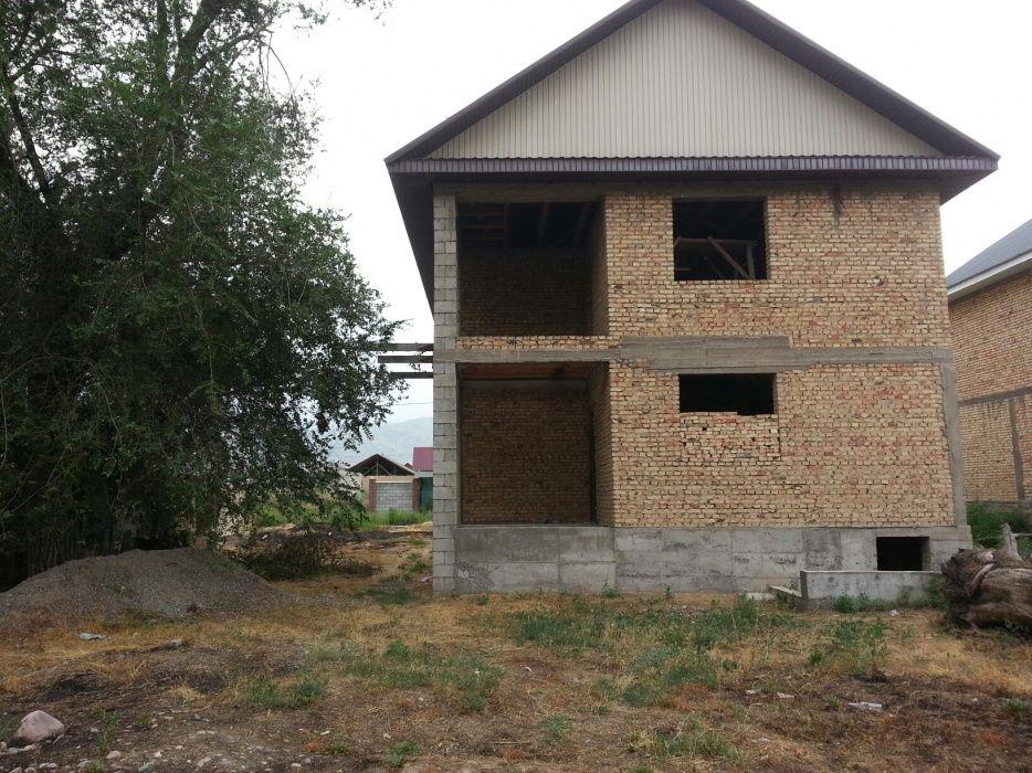 Продам дом в поселке Авате. Вдоль Кульджинской трассе.