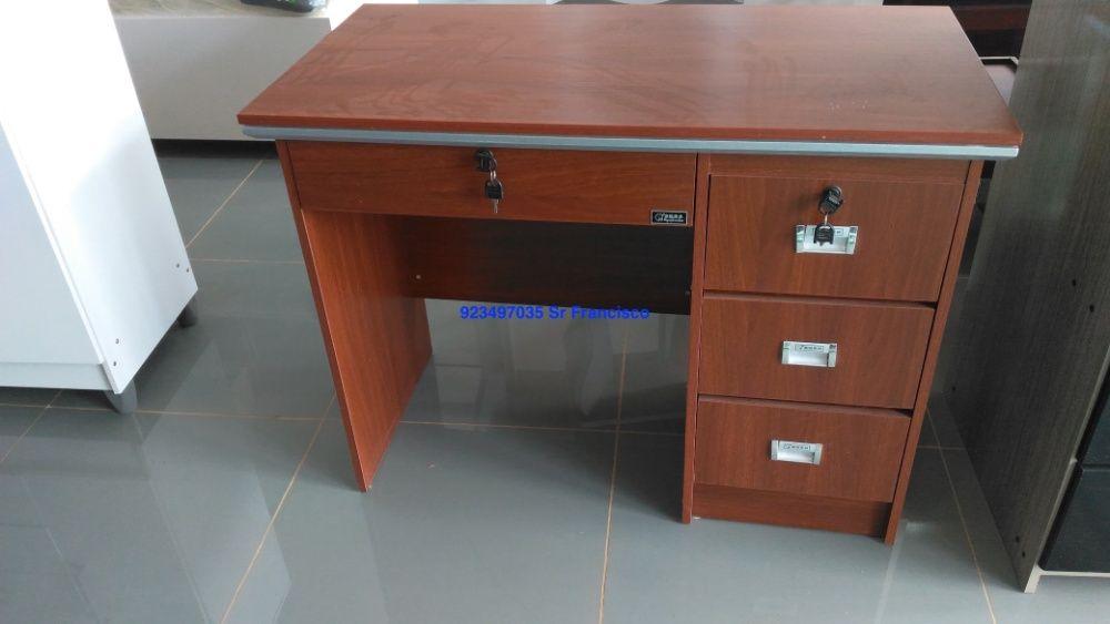 Secretaria de 1 metro por 50 produto novo com directo entrega e montag