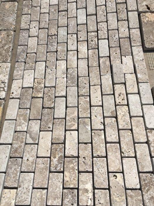 Mozaicuri din travertin