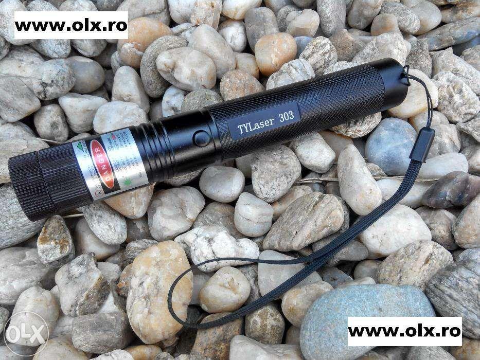 Laser CZY-303 de 10000 mW cu Acumulator 18650 6800 Foarte Puternic NOU