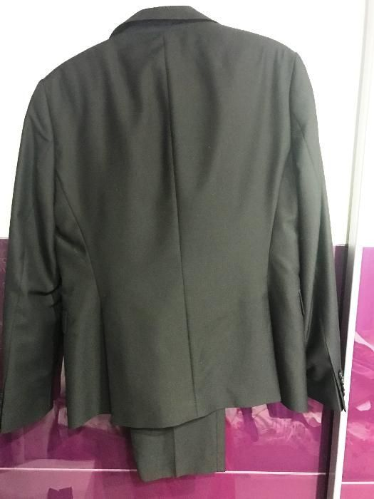 Нов черен мъжки костюм Zara