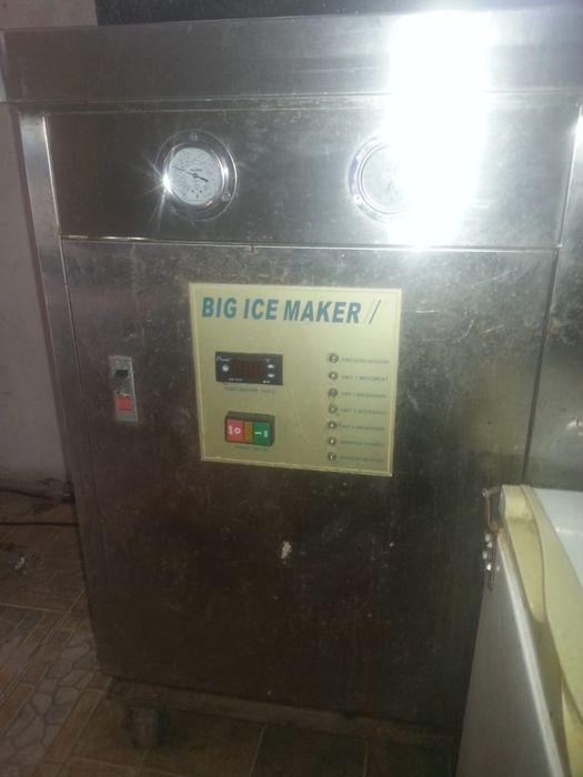 Maquina de fazer gelo em Barras- um milhão