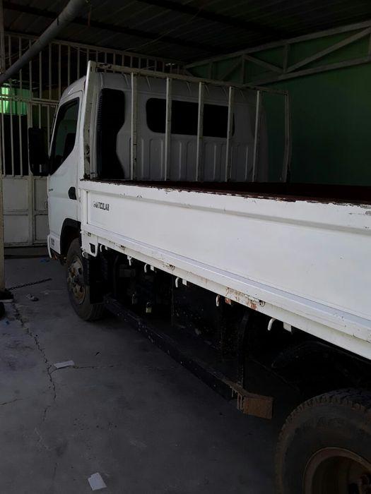 Vendo essa carrinha Canter 53mil km gasóleo 7.600.000 limpo
