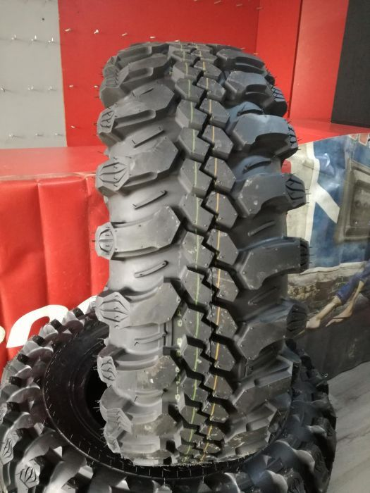 Anvelope Simex 31x10,5 R15 CST C888 by Maxxis