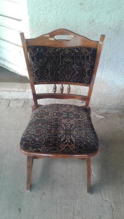 Vand/ schimb 4 scaune lemn masiv