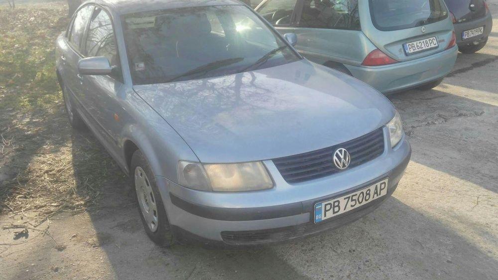 Продавам на части Volkswagen Passat B5 1.8 / Passat B5 1.8 na chasti