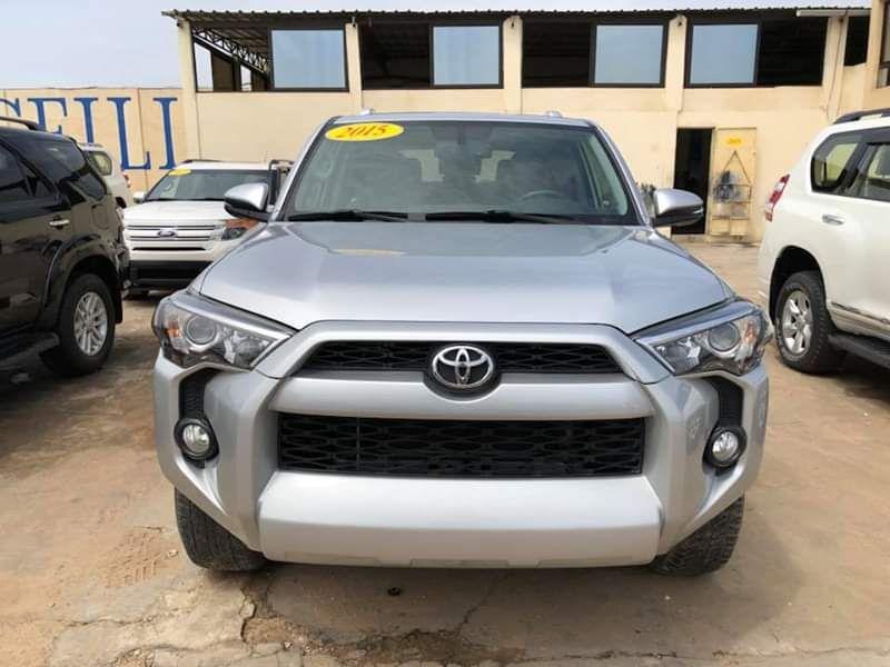Toyota 4Runner full option