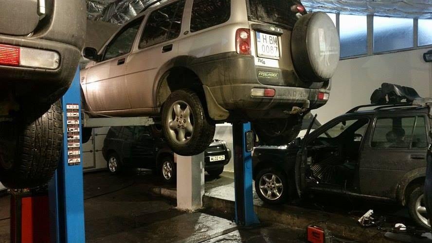 Service auto dedicat Land Rover Freelander
