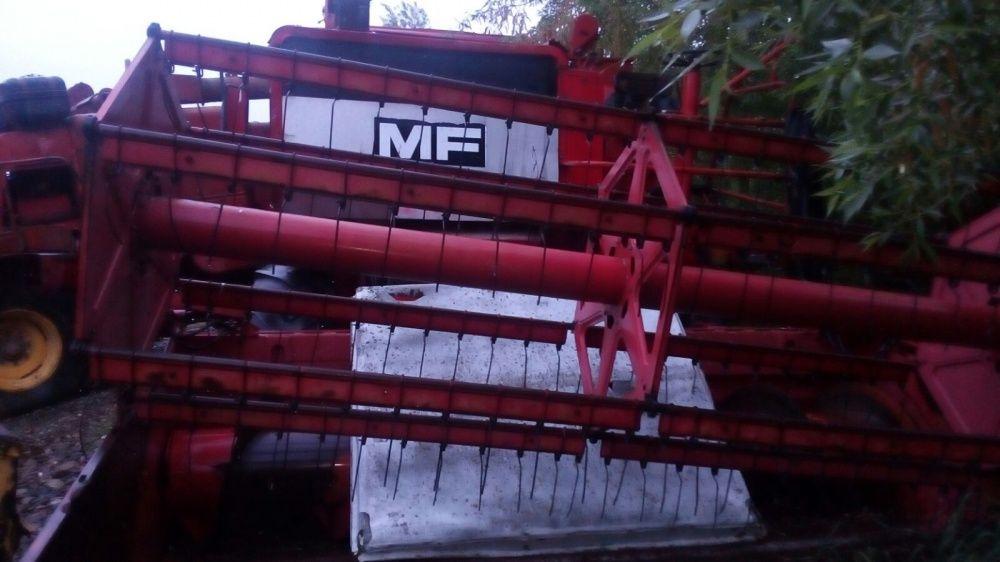Dezmembrez Combina Massey Ferguson 510-520
