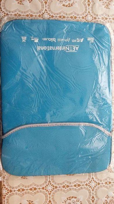 Текстилен калъф за лаптоп