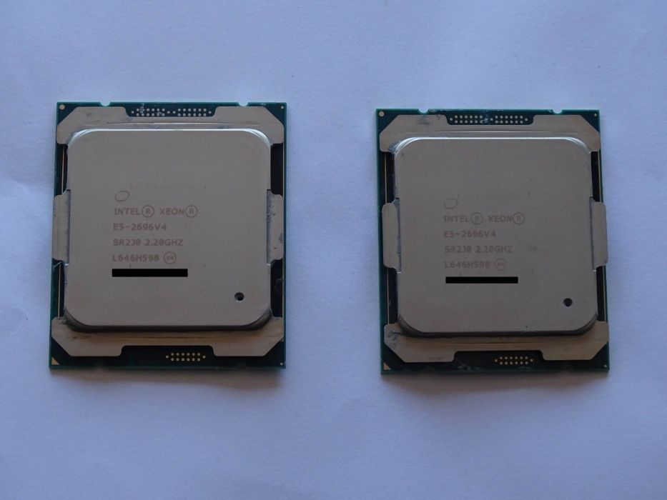 PC 2 x Xeon E5-2696v4 Asus Z10PE-D8 WS 128GB DDR4 HX750i 2TB 850EV