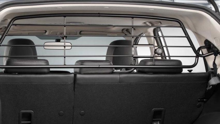 Продавам преграда за куче или багаж за Subaru XV/Crosstrek/Impreza