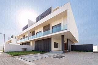 Moradia T4 Luxuosissima n Condominio Khurula na Marginal