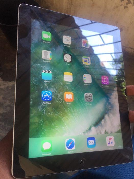Vendo iPad 4 16GB Wi-Fi