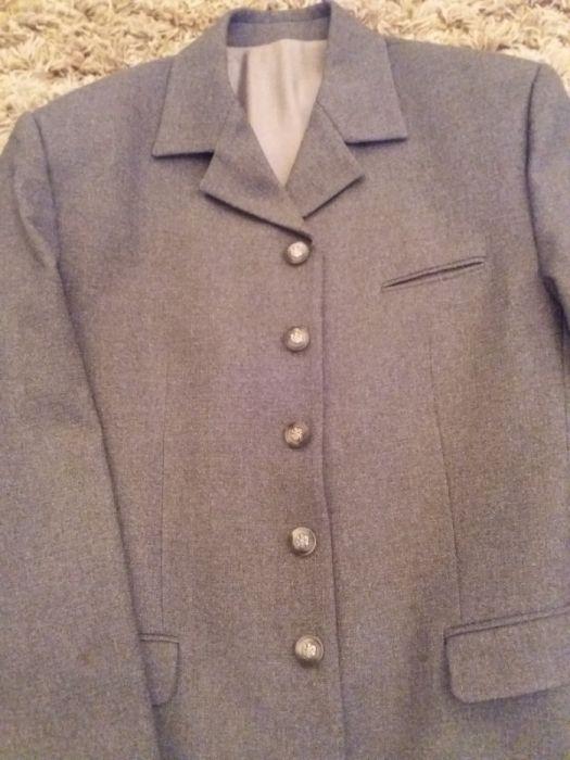 Costum deosebit-pantalon,vesta,camasa,sacou