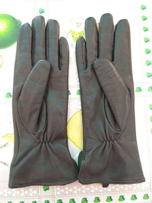 Продам перчатки чёрные кожаные новые, р-р 6