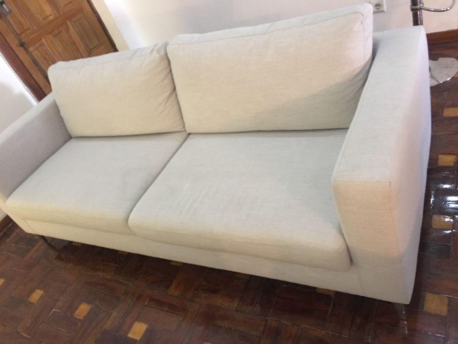 Sofá - Design Moderno