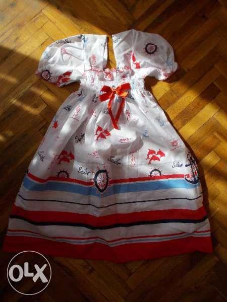 НОВА ЦЕНА! Красива рокличка в моряшки стил