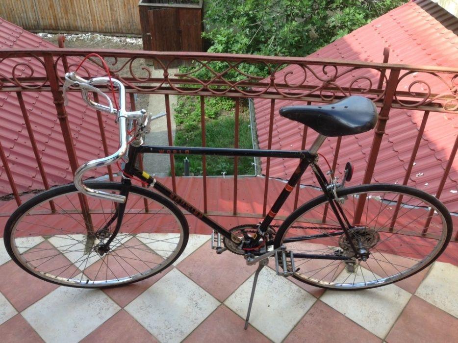 Bicicleta semicursiera SCHWINN