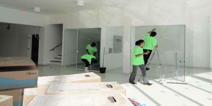 Fazemos limpeza nas obras,recolha de lixo e itulho