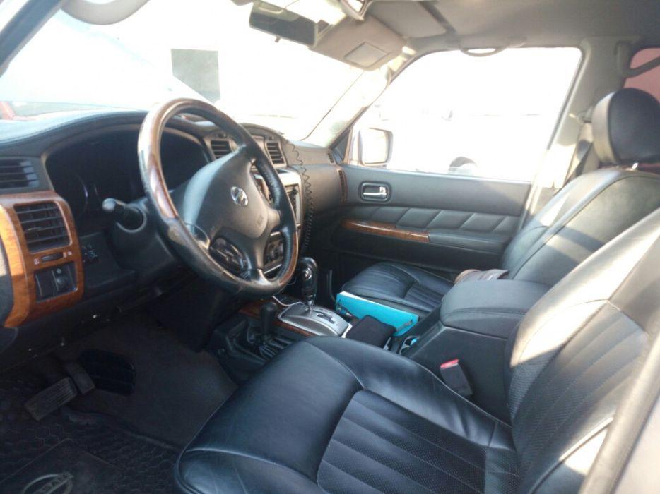 Nissan Patrol Grx 6 cilid. 24vl twincam