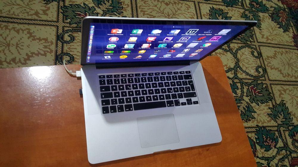 MacBook pro retina i7 8 gb 500 gb ssd