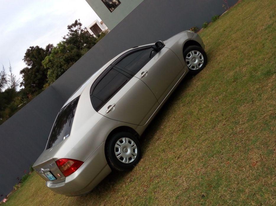 Toyota corolla escova 2002 novo