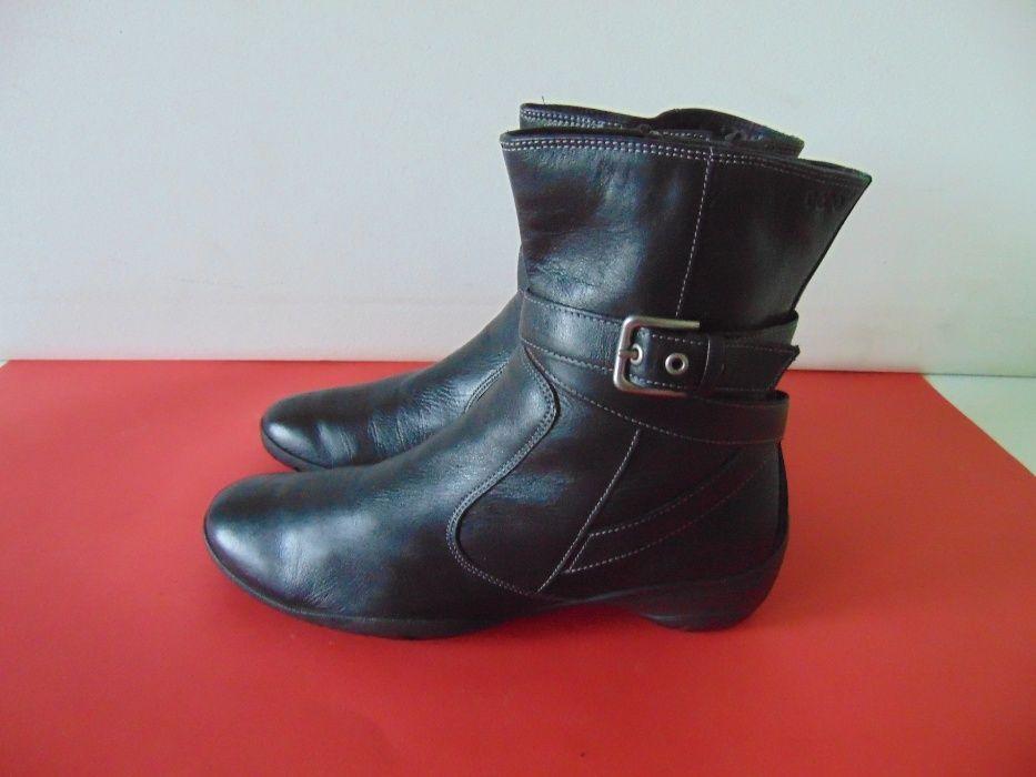 НОВИ Ecco номер 40 оригинални обувки
