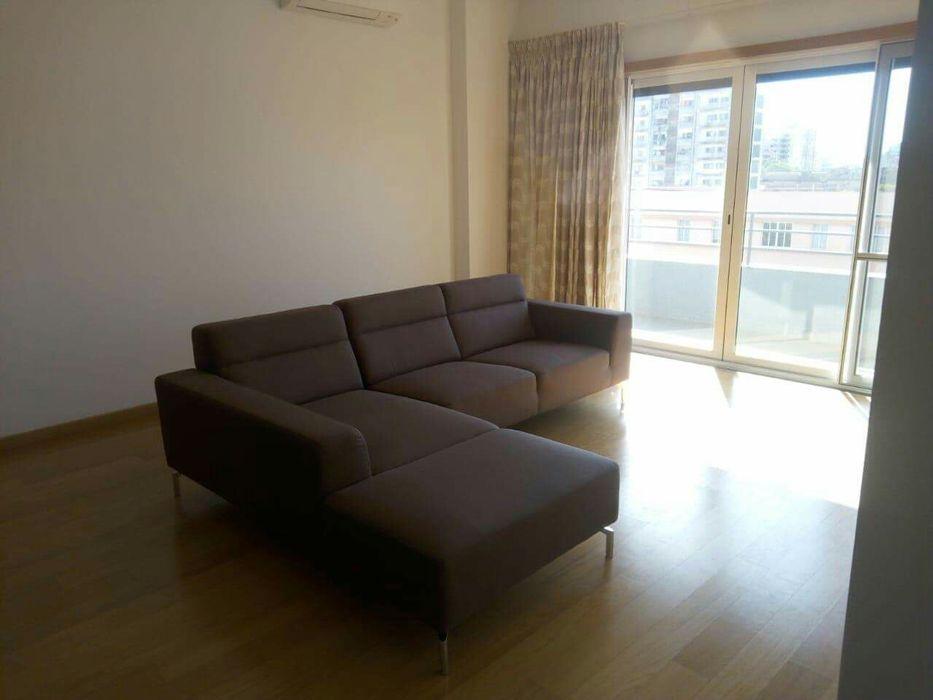Vendo Apartamento Tipo 3 luxuoso no ACARAYA RESIDENC na Polana
