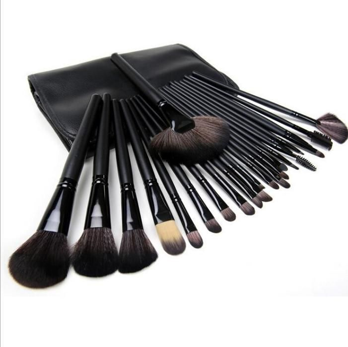 Set 24 pensule machiaj par natural Megaga - Make up profesional