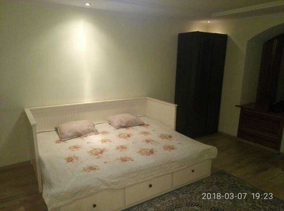 1 комнатная по суточно Абая Аблай Хана