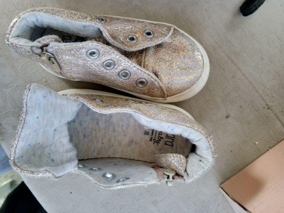 Много запазени обувки гр. Петрич - image 8