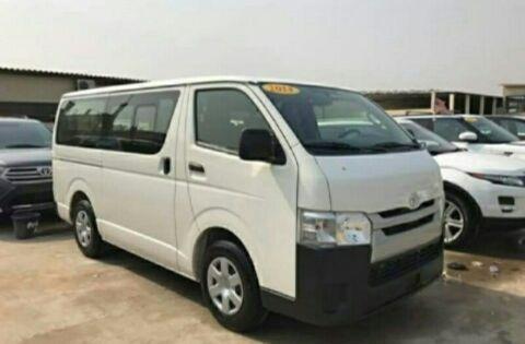 Toyota hiace a venda