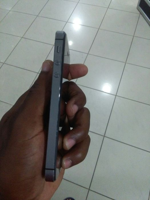 IPhone 5s Alto-Maé - imagem 5