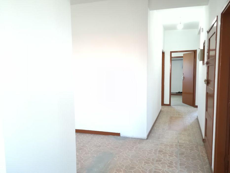 Vende-se apartamento T3 no Alto-mae prox Big Brother