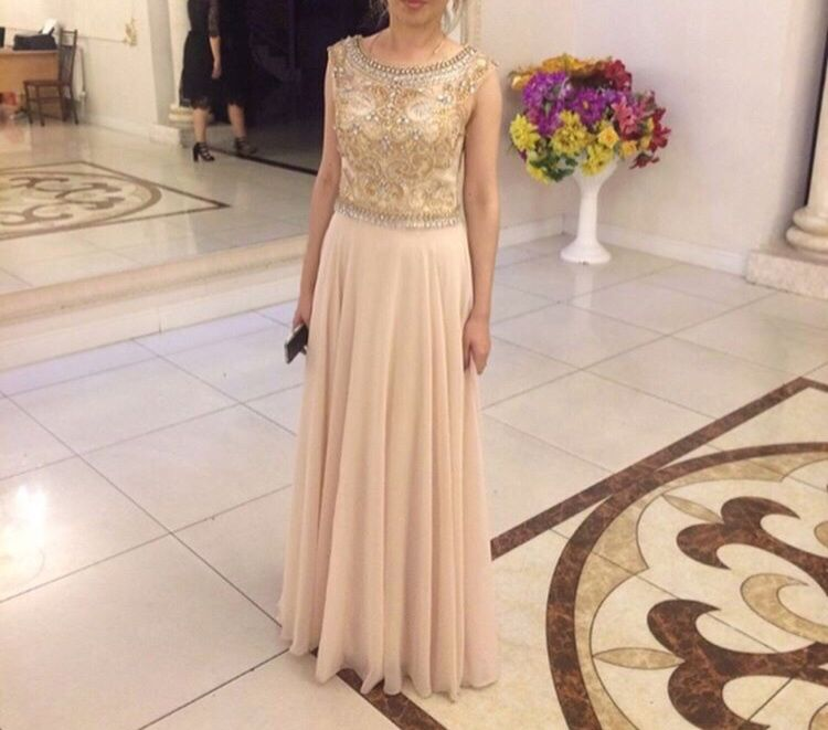 Продам шикарное вечернее (выпускное) платье от Jovani