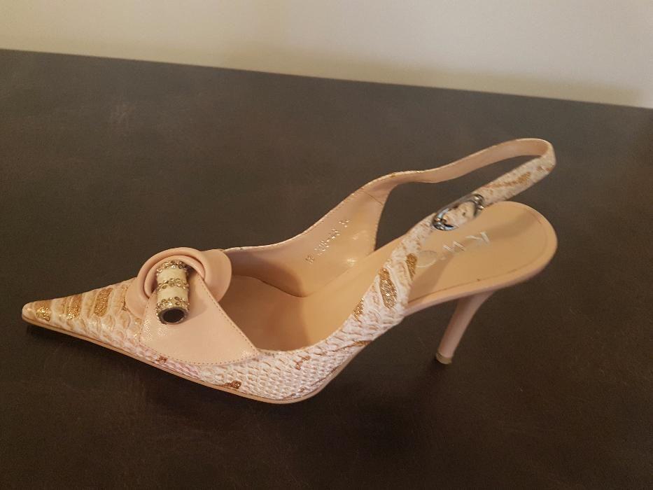Обувки номер 36