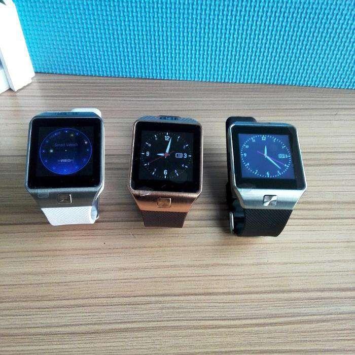 Ceas smartwatch, SIM GSM, camera, card memorie