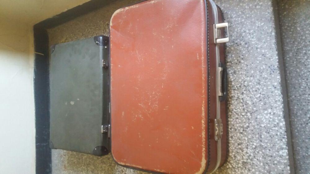Два куфара антични