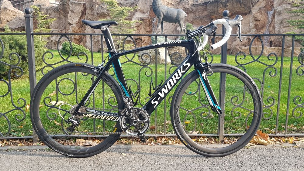 Specialized S-WORKS Dura Ace 2x11 roti carbon Zipp 404 pinarello scott
