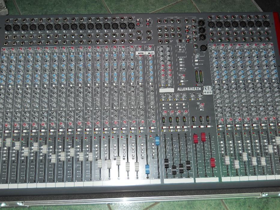 Mixer Allen&Heath Zed 428