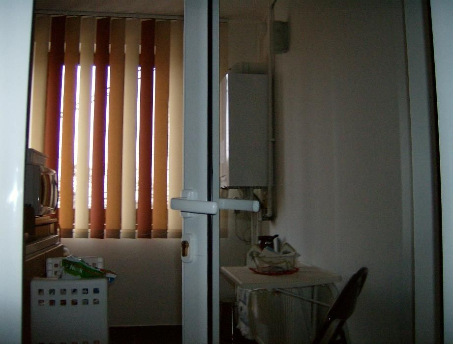 Vanzare apartament central zona turistica viticola