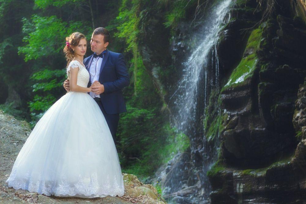 Fotograf nunta Targu-Jiu, servicii complete foto-video .Reduceri 20%!