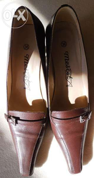 естествена кожа- кафеви остри обувки