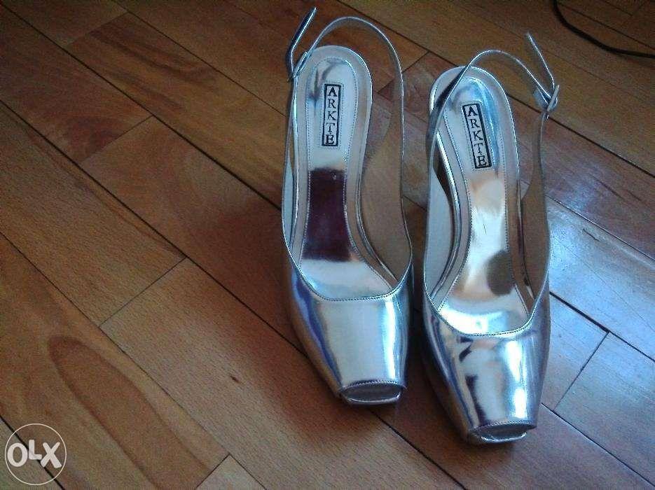Sandale platforma model deosebit