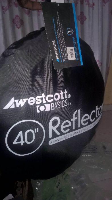 """Vendo Reflector novo 40"""" ou 1 metro"""
