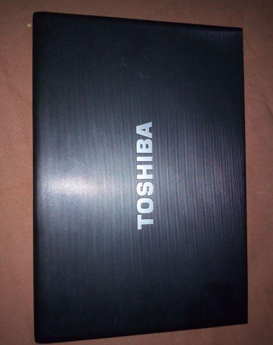 Vendo Laptop Toshiba Core I5 400GB