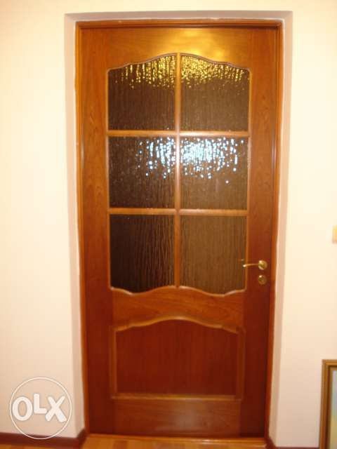 Продам Дверь Деревянную !!!